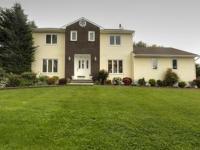 Colonial Home For Sale Wayne Nj Tri Boro Nj Business Directory