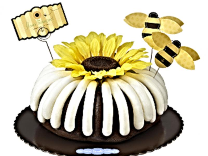 Nothing Bundt Cakes Bee Autiful Summertime Favorite Is The Bees
