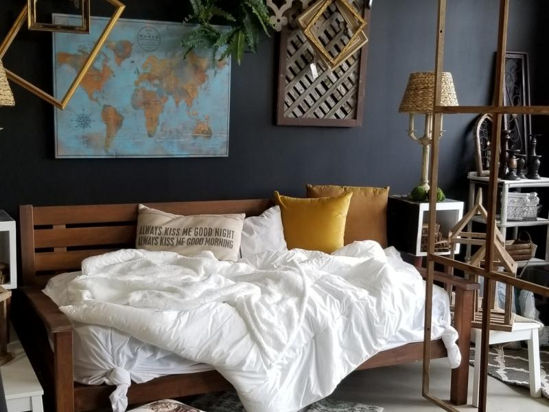 Villa And Farm Vintage And Home Decor Store Now Open In Batavia